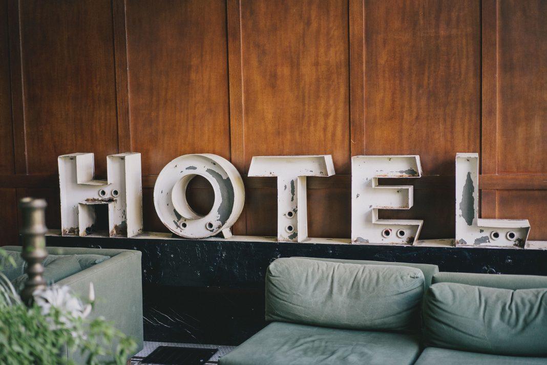 tempahan hotel