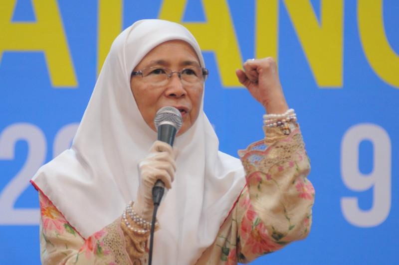 Menteri Hal Ehwal Wanita dan Kebajikan.